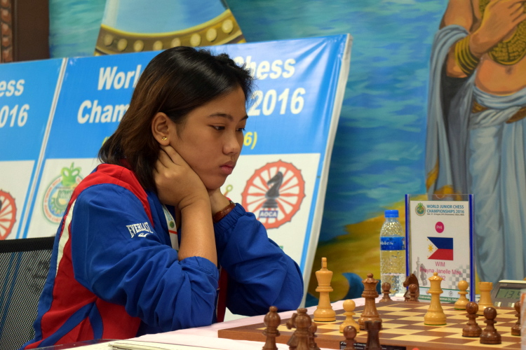 Janelle Mae Frayna in Round 13 of World Junior Chess Championships 2016. Photo credit: wjcc2016india.com.