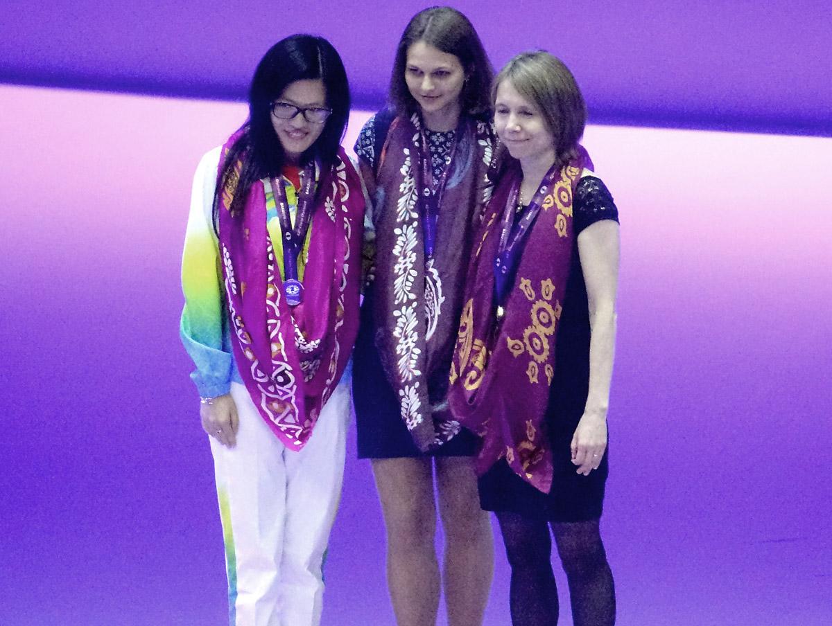 board-1-medalists-women