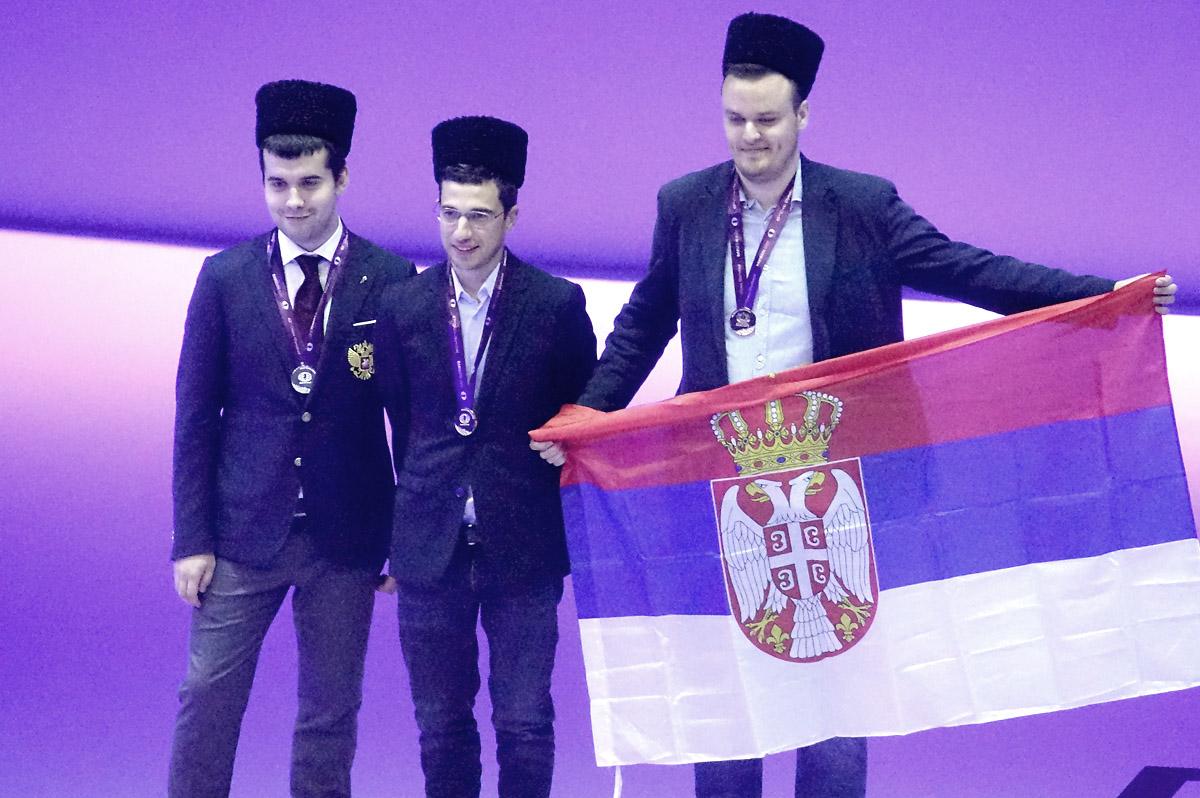 board-4-medalists-open