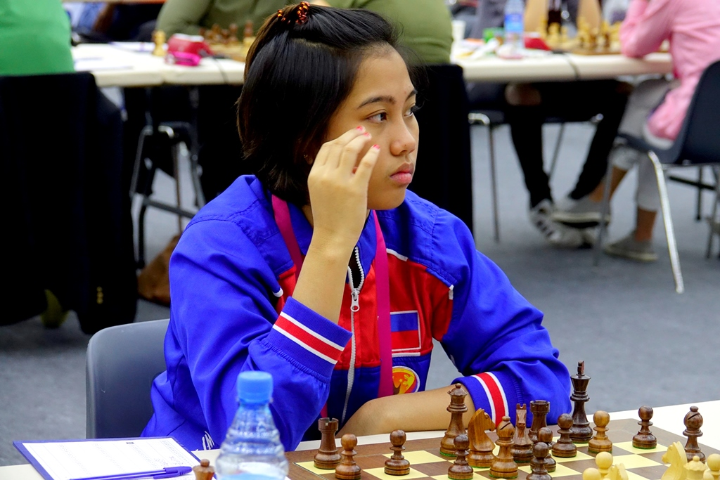 Janelle Mae Frayna in Baku 2016 Chess Olympiad. Photo credit: Baku Chess Olympiad.
